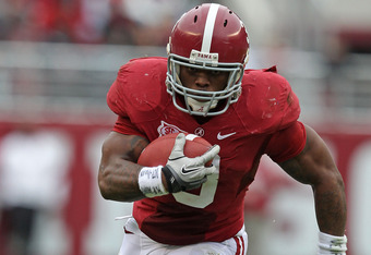 TUSCALOOSA, AL - NOVEMBER 19:  Running back Trent Richardson #3 of the Alabama Crimson Tide runs with the ball during the game against the Georgia Southern Eagles at Bryant-Denny Stadium on November 19, 2011 in Tuscaloosa, Alabama.  (Photo by Mike Zarrill