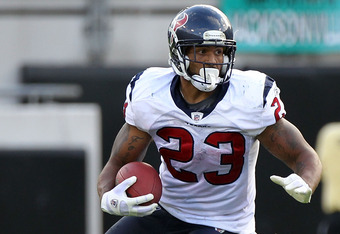 JACKSONVILLE, FL - NOVEMBER 27:   Arian Foster #23 of the Houston Texans runs for yardage during the game at EverBank Field on November 27, 2011 in Jacksonville, Florida.  (Photo by Sam Greenwood/Getty Images)