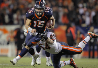 "Brian Urlacher missing a tackle against the Broncos ""running back"""
