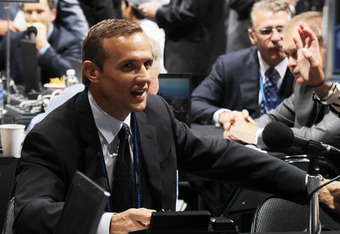 LOS ANGELES, CA - JUNE 25: Steve Yzerman of teh Tampa Bay Lightning works the draft floor during the 2010 NHL Entry Draft at Staples Center on June 25, 2010 in Los Angeles, California. (Photo by Bruce Bennett/Getty Images)