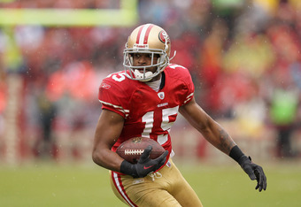 SAN FRANCISCO, CA - NOVEMBER 20:  Michael Crabtree #15 of the San Francisco 49ers in action against the Arizona Cardinals at Candlestick Park on November 20, 2011 in San Francisco, California.  (Photo by Ezra Shaw/Getty Images)