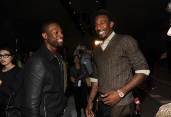 NEW YORK, NY - SEPTEMBER 08:  NBA players Dwyane Wade (L) and Amare Stoudemire attend the Richard Chai Spring 2012 fashion show during Mercedes-Benz Fashion Week at The Stage at Lincoln Center on September 8, 2011 in New York City.  (Photo by Larry Busacc