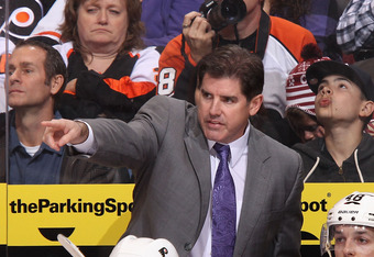 Peter Laviolette has a history of juggling goalies.