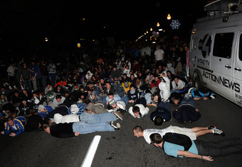 Penn State students react after Paterno's firing.