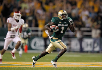 WACO, TX - NOVEMBER 19: Kendall Wright #1 of the Baylor Bears runs during a game against the Oklahoma Sooners at Floyd Casey Stadium on November 19, 2011 in Waco, Texas.  (Photo by Sarah Glenn/Getty Images)