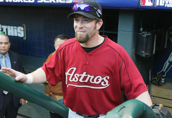 HOUSTON - OCTOBER 25:  Infielder Jeff Bagwell #5 of the Houston Astros walks onto the field before the start of Game Three of the 2005 Major League Baseball World Series agaisnt the Chicago White Sox at Minute Maid Park on October 25, 2005 in Houston, Tex