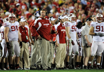 PASADENA, CA - JANUARY 02:  Head coach Bret Bielema of the Wisconsin Badgers looks on in the fourth quarter as the Badgers lose to the Oregon Ducks 45-38 at the 98th Rose Bowl Game on January 2, 2012 in Pasadena, California.  (Photo by Harry How/Getty Ima