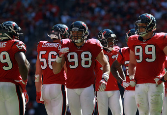 HOUSTON, TX - OCTOBER 30:   Connor Barwin #98 of the Houston Texans at Reliant Stadium on October 30, 2011 in Houston, Texas.  (Photo by Ronald Martinez/Getty Images)