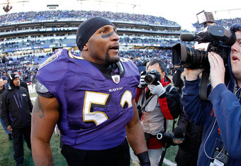 BALTIMORE, MD - JANUARY 15:  Ray Lewis #52 of the Baltimore Ravens celebrates defeating the Houston Texans 20-13 in the AFC Divisional playoff game at M&T Bank Stadium on January 15, 2012 in Baltimore, Maryland. The Baltimore Ravens won 20-13 in regulatio