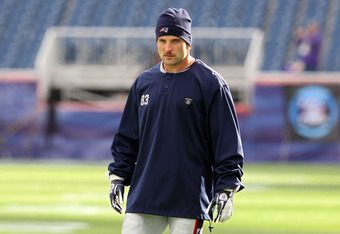 FOXBORO, MA - JANUARY 22:   Wes Welker #83 of the New England Patriots warms up prior to playing against the Baltimore Ravens in AFC Championship Game at Gillette Stadium on January 22, 2012 in Foxboro, Massachusetts.  (Photo by Jim Rogash/Getty Images)