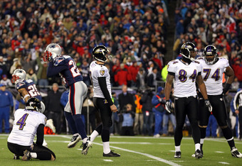 FOXBORO, MA - JANUARY 22:  Billy Cundiff #7 of the Baltimore Ravens reacts after missing a game tying field goal late in the fourth quarter during their AFC Championship Game at Gillette Stadium on January 22, 2012 in Foxboro, Massachusetts.  (Photo by Al
