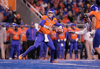 BOISE, ID - DECEMBER 03: Kellen Moore #11 of the Boise State Broncos passes against the New Mexico Lobos at Bronco Stadium on December 3, 2011 in Boise, Idaho.  (Photo by Otto Kitsinger III/Getty Images)