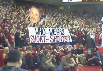Temple student section poked fun at a Yahoo video about SJU