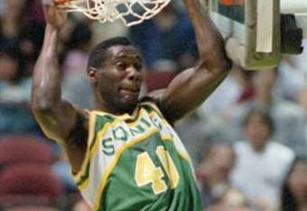 Shawn Kemp was an explosive athlete at the power forward position 20 years ago.