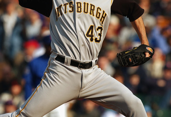 CHICAGO - APRIL 11: Relief pitcher Mike Williams #43 of the Pittsburgh Pirates notches his fifth save of the season against the Chicago Cubs at Wrigley Field on April 11, 2003 in Chicago, Illinois. The Pirates defeated the Cubs 3-2.  (Photo by Jonathan Da