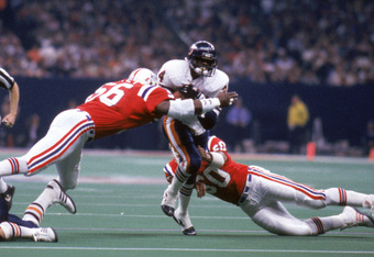 Walter Payton of the 1985 Chicago Bears was one of the greatest running backs of all time.