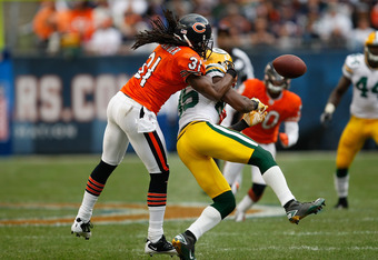 Brandon Meriweather still makes plays in the NFL...for the Bears.