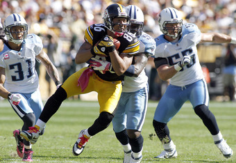 PITTSBURGH, PA - OCTOBER 9:   Hines Ward #86 of the Pittsburgh Steelers catches a pass against the Tennessee Titans during the game on October 9, 2011 at Heinz Field in Pittsburgh, Pennsylvania.  (Photo by Justin K. Aller/Getty Images)