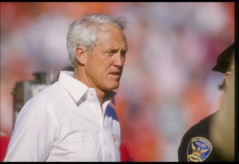 27 Oct 1985:  San Francisco 49ers head coach Bill Walsh looks on during a game against the Los Angeles Rams at Anaheim Stadium in Anaheim, California.  The 49ers won the game, 28-14. Mandatory Credit: Mike Powell  /Allsport