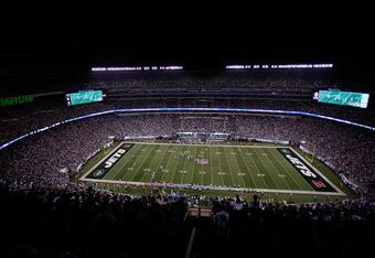 MetLife Stadium will host Super Bowl XLVIII in 2014.