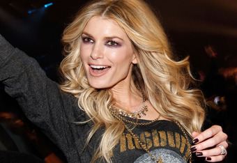 GRAND PRAIRIE, TX - FEBRUARY 03:  Model Marisa Miller poses in the audience during VH1's Pepsi Super Bowl Fan Jam at Verizon Theater on February 3, 2011 in Grand Prairie, Texas.  (Photo by Christopher Polk/Getty Images for VH1)