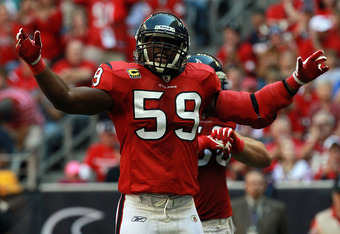 HOUSTON, TX - OCTOBER 30:   DeMeco Ryans #59 of the Houston Texans at Reliant Stadium on October 30, 2011 in Houston, Texas.  (Photo by Ronald Martinez/Getty Images)