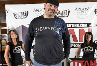 Tim Sylvia hits 311 pounds, an all-time high. (Photo courtesy of Titan Fighting)