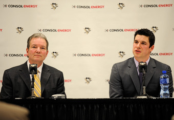 PITTSBURGH, PA - JANUARY 31:  Sidney Crosby #87 of the Pittsburgh Penguins and General Manager Ray Shero of the Penguins answer reporters' questions during a press conference held before the game between the Toronto Maple Leafs and the Pittsburgh Penguins