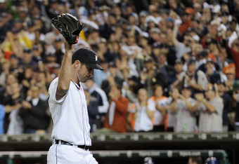 DETROIT, MI - OCTOBER 13:  Justin Verlander #35 of the Detroit Tigers waves to the crowd after being pulled in the eighth inning of Game Five of the American League Championship Series at Comerica Park on October 13, 2011 in Detroit, Michigan.  (Photo by