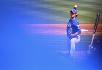 No one talks about this, but when Yu pitches a blue magnetic forcefield actually emanates from his very being.