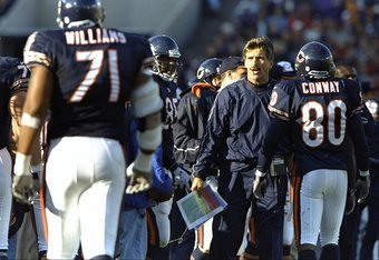 18 Oct 1998:  Dave Wannstedt, head coach of the Chicago Bears talks to the player on the side-lines during the game against the Dallas Cowboys at Soldier Field in Chicago, Illinois. The Bears defeated the Cowboys 13-12. Mandatory Credit: Tom Pidgeon  /All