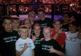 The whole group at cageside (photo courtesy David Mueller).