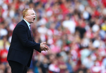 LONDON, ENGLAND - MARCH 24: Aston Villa's manager Alex McLeish reacts during the Barclays Premier League match between Arsenal and Aston Villal at Emirates Stadium on March 24, 2012 in London, England.  (Photo by Julian Finney/Getty Images)