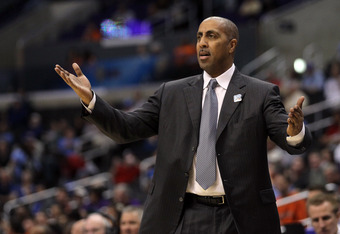LOS ANGELES, CA - MARCH 08:  Head coach Lorenzo Romar of the Washington Huskies reacts in the second half while taking on the Oregon State Beavers during the quarterfinals of the 2012 Pacific Life Pac-12 basketball tournament at Staples Center on March 8,