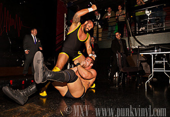 """The Almighty Sheik vs Steven Walters at Resistance Pro's Obsession March 23, 2012. Photo by Mike """"MXV"""" Vinikour."""