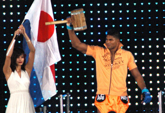 Alistair Overeem's physique is one of the top reasons why many saw his recent positive drug test coming, but is his physique so hard to believe?