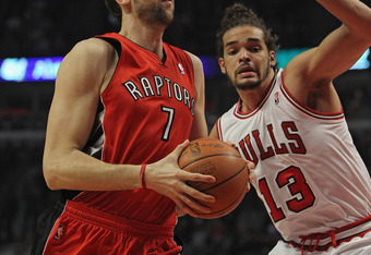 Bargnani seriously needs to step up his rebounding