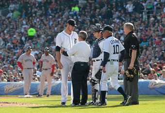 DETROIT, MI - APRIL 07:  Doug Fister #58 of the Detroit Tigers leaves the game in the top of the fourth inning as head trainer Kevin Rand and manager Jim Leyland #10 look on during the game against the Detroit Tigers at Comerica Park on April 7, 2012 in D