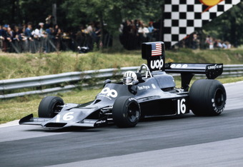 Tom Pryce drives the #16 UOP Shadow Racing Team Shadow DN3 Ford during the British Grand Prix on 20 July 1974 at the Brands Hatch circuit in Fawkham, Great Britain. (Photo by Getty Images)
