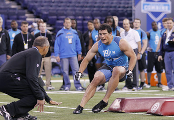 INDIANAPOLIS, IN - FEBRUARY 27: Linebacker Luke Kuechly of Boston College takes part in a drill during the 2012 NFL Combine at Lucas Oil Stadium on February 27, 2012 in Indianapolis, Indiana. (Photo by Joe Robbins/Getty Images)