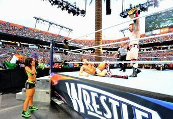 Sheamus defeats Daniel Bryan WM 28