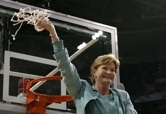 Pat Summitt after winning her eighth NCAA title in 2008.