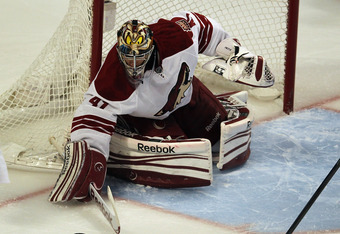 Phoenix Coyotes' goalie Mike Smith played outstanding in the series against the Blackhawks.