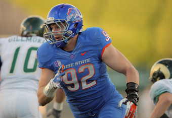 FORT COLLINS, CO - OCTOBER 15:  Shea McClellin #92 of the Boise State Broncos rushes against the Colorado State Rams at Sonny Lubick Field at Hughes Stadium on October 15, 2011 in Fort Collins, Colorado. The Broncos defeated the Rams 63-13.  (Photo by Dou