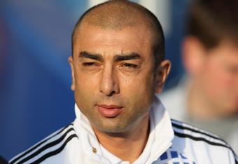 LONDON, ENGLAND - OCTOBER 23:  Chelsea assistant manager Roberto Di Matteo looks thoughtful ahead of the Barclays Premier League match between Queens Park Rangers and Chelsea at Loftus Road on October 23, 2011 in London, England.  (Photo by Dean Mouhtarop
