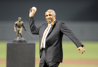 Robinson throwing out the first pitch.