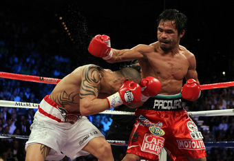 Mayweather may need to keep mindful of Cotto's lunging head.