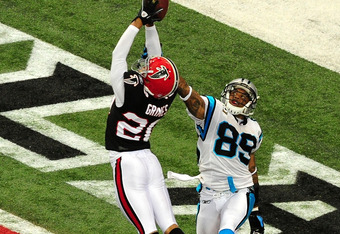 ATLANTA, GA - OCTOBER 16: Brent Grimes #20 of the Atlanta Falcons intercepts a pass intended for Steve Smith #89 of the Carolina Panthers at the Georgia Dome on October 16, 2011 in Atlanta, Georgia. (Photo by Scott Cunningham/Getty Images)