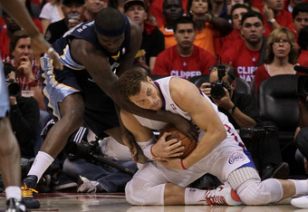 LOS ANGELES, CA - MAY 05:   Blake Griffin #32 of the Los Angeles Clippers fights for a loose ball with Zach Randolph #50 of the Memphis Grizzlies in Game Three of the Western Conference Quarterfinals in the 2012 NBA Playoffs on May 5, 2011 at Staples Cent