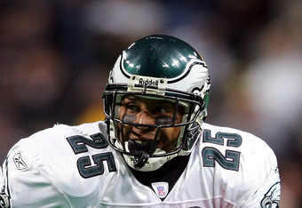 Former Eagle Dorsey Levens is one many retired players suing the NFL over concussions